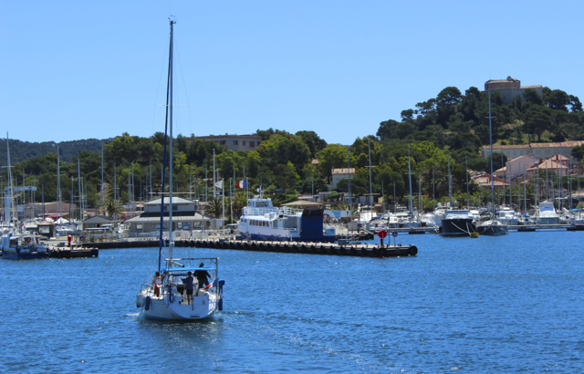 Arriving at Porquerolles