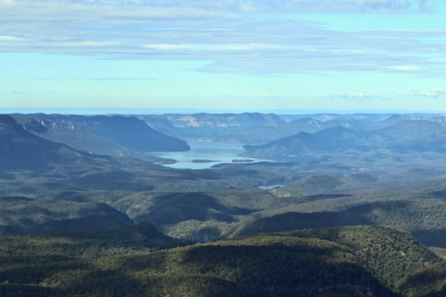 The perfect lunch spot? A view over Blue Mountains National Park